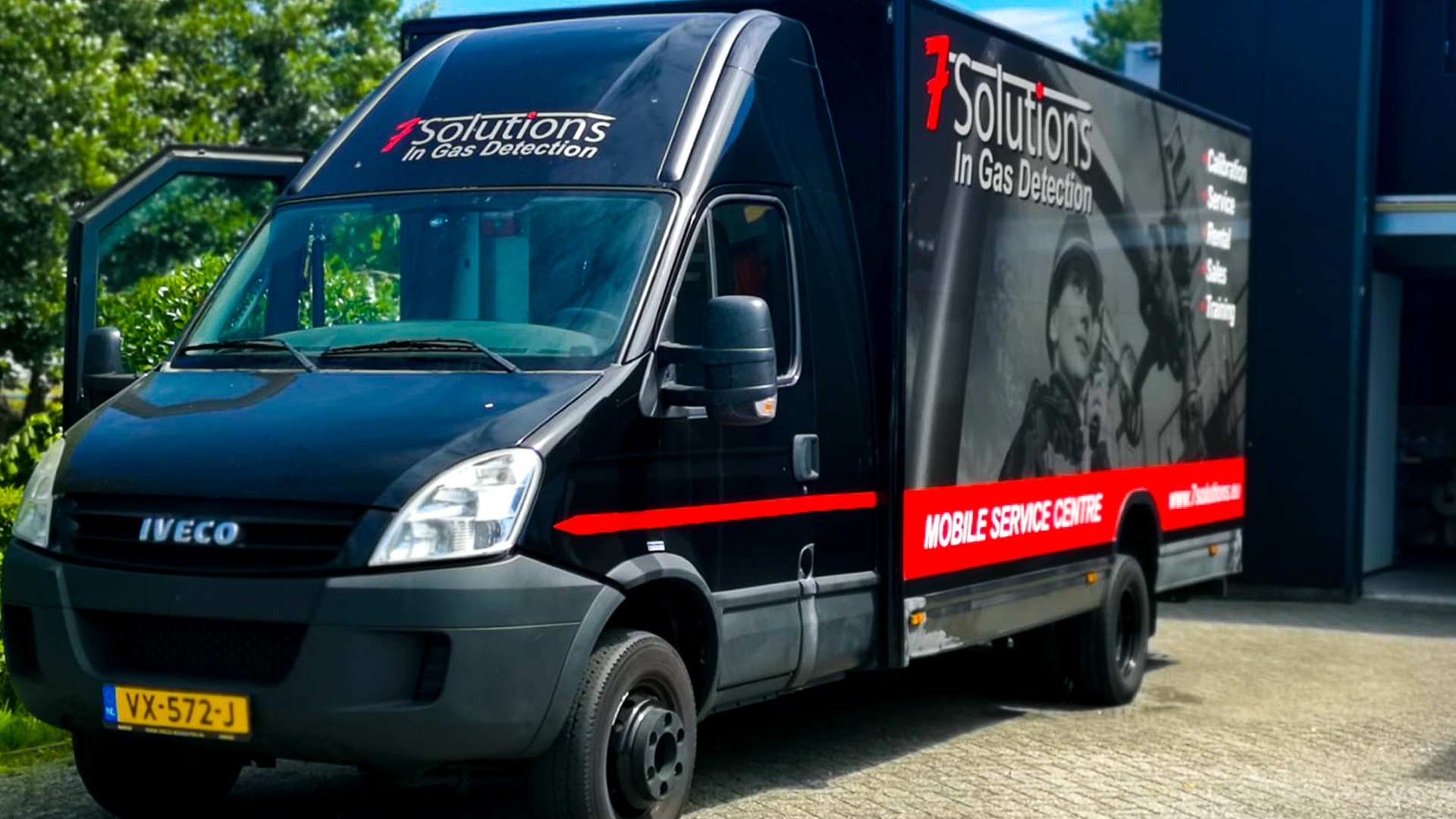 Fully_Equipped_Service_Truck 7solutions - Service & Kalibratie